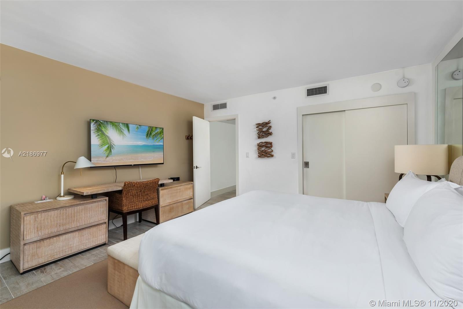 1 Hotel & Homes Unit #1408 | Picture 12