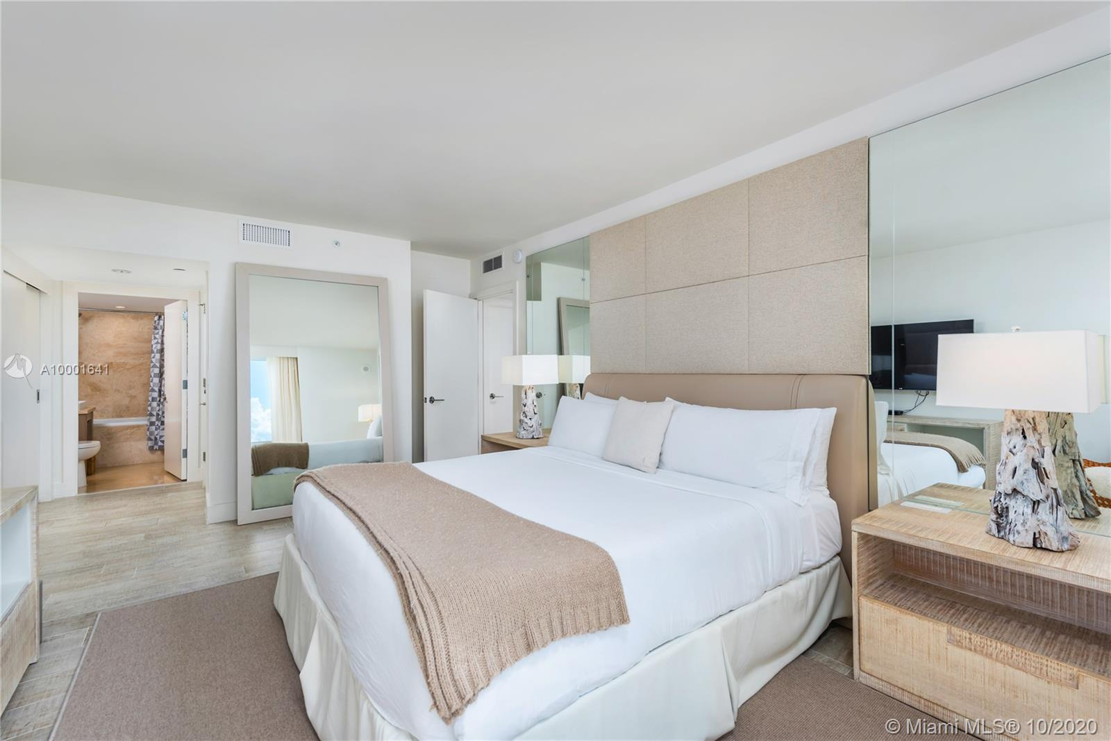 1 Hotel & Homes Unit #1040 | Picture 14