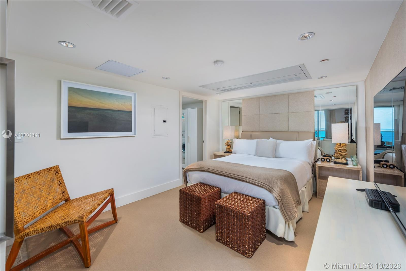 1 Hotel & Homes Unit #1040 | Picture 10