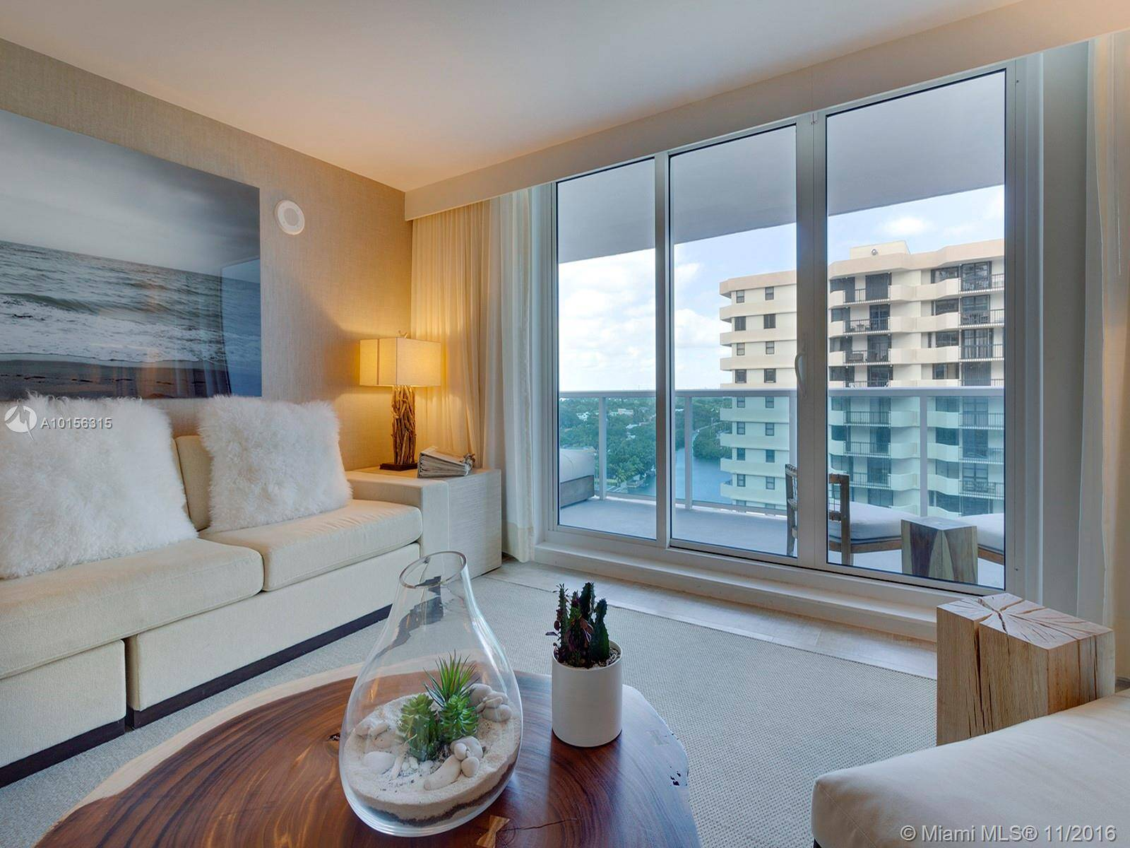 1 Hotel & Homes Unit #1207 | Picture 3