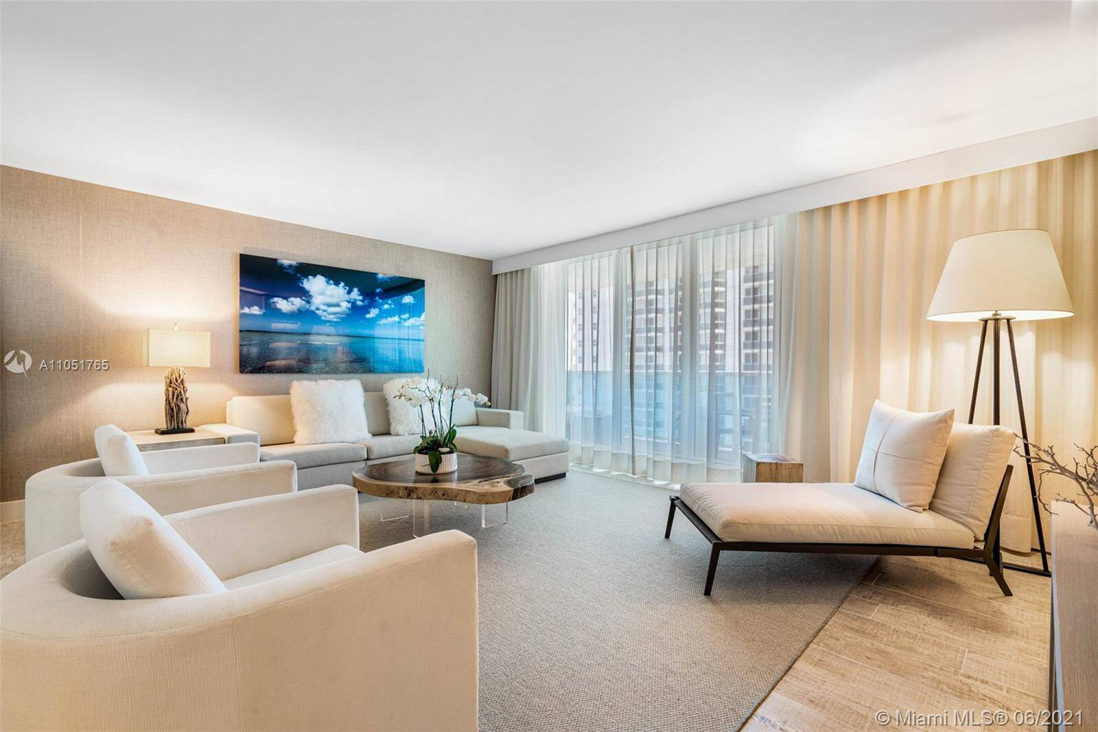 1 Hotel & Homes For Sale| Unit #1115