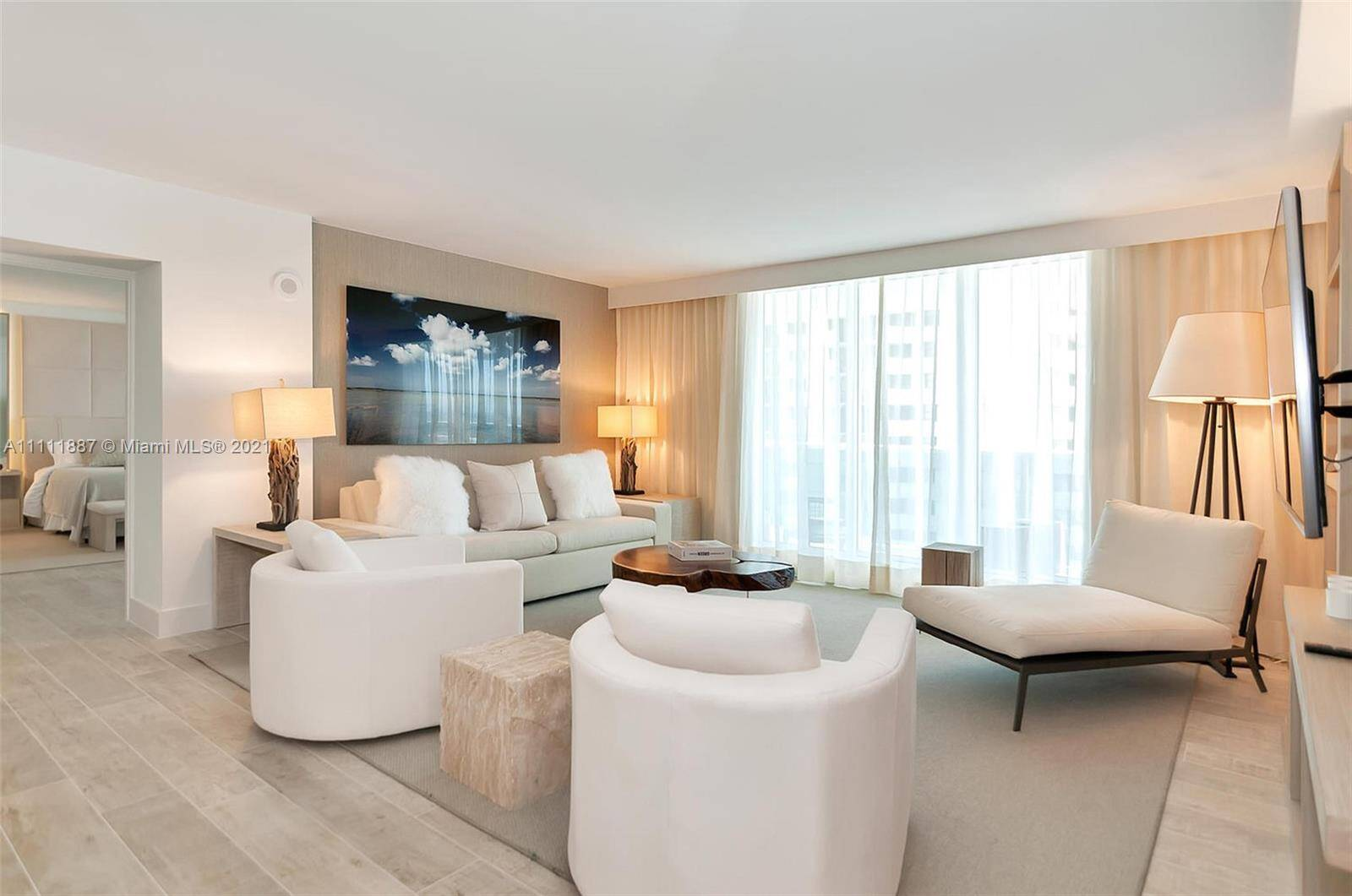 1 Hotel & Homes For Sale| Unit #919