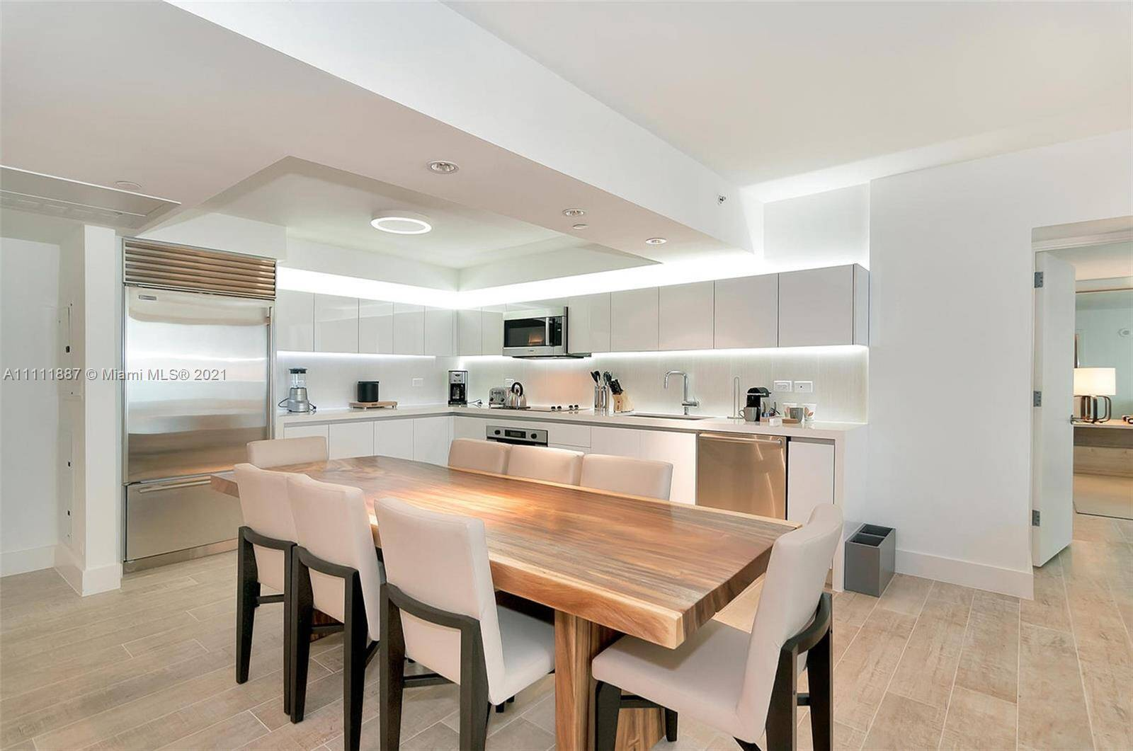 1 Hotel & Homes Unit #919 | Picture 12