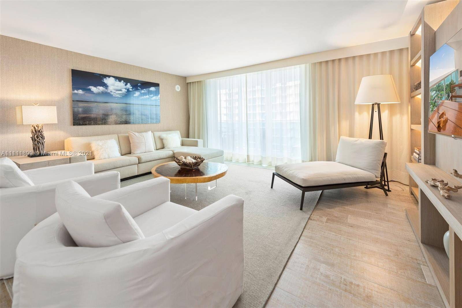 1 Hotel & Homes For Sale| Unit #1015