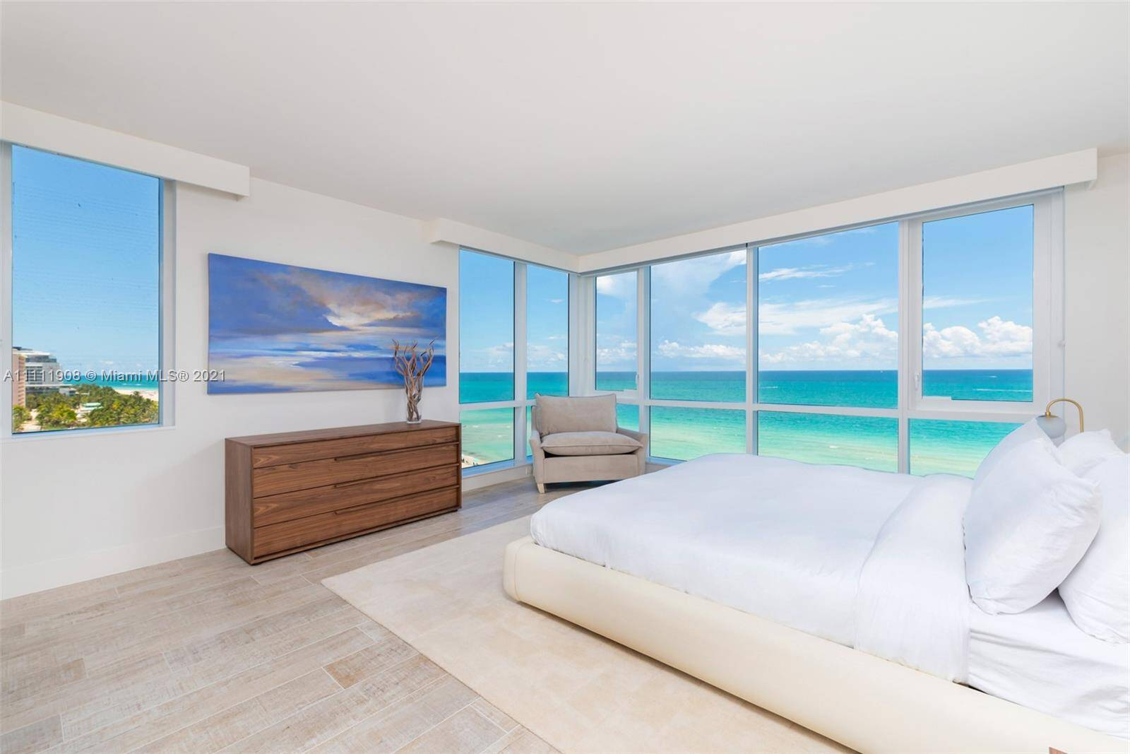 1 Hotel & Homes For Sale| Unit #1019